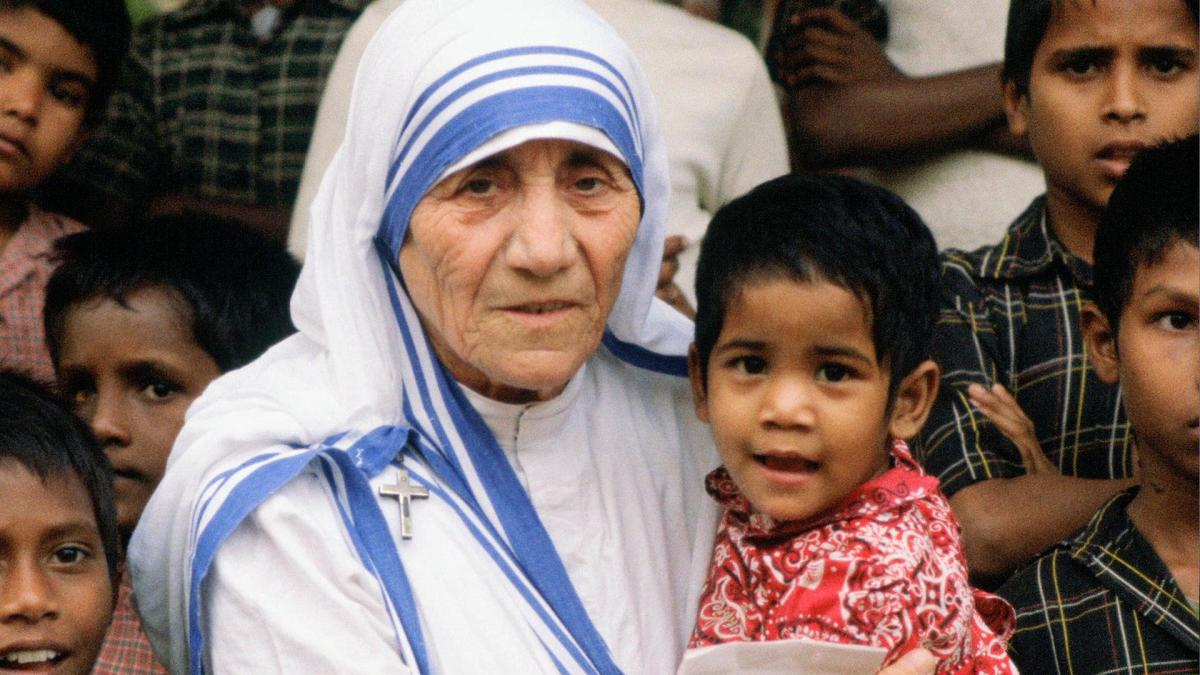 mother-teresa---mini-biography